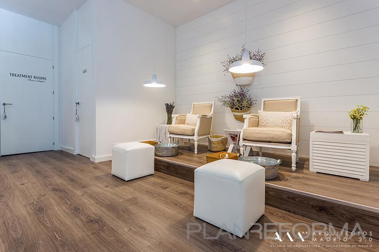 Sal n de belleza style contemporaneo color marron blanco - Listado arquitectos madrid ...
