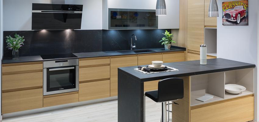 Cocina Estilo moderno Color marron, blanco, gris  diseñado por Manuel Fragoso | Gremio