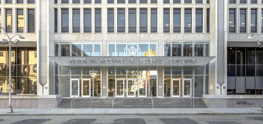 Vestibulo, Exterior Estilo moderno Color blanco, gris, gris  diseñado por DCM | Arquitecto | Copyright Edgar de la Cova