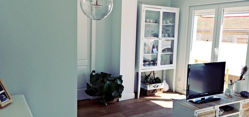 Salon Estilo contemporaneo Color marron, blanco  diseñado por Termas Spazio | Gremio | Copyright Termas Spazio